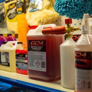 Kemikaalit, öljyt, voitelu